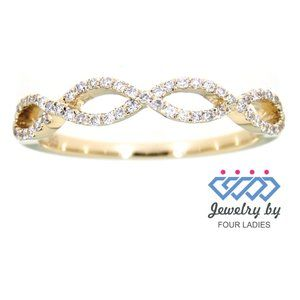 Round Diamond Twisted Delicate Ring Yellow Gold